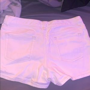 Old Navy Shorts - WHITE OLD NAVY JEAN SHORTS ‼️